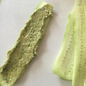 rollos de pepino con aguacate